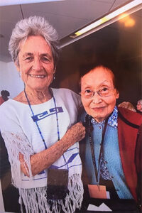 Photo of Eleanor Duckworth and Constance Kamii at the ACT Conference